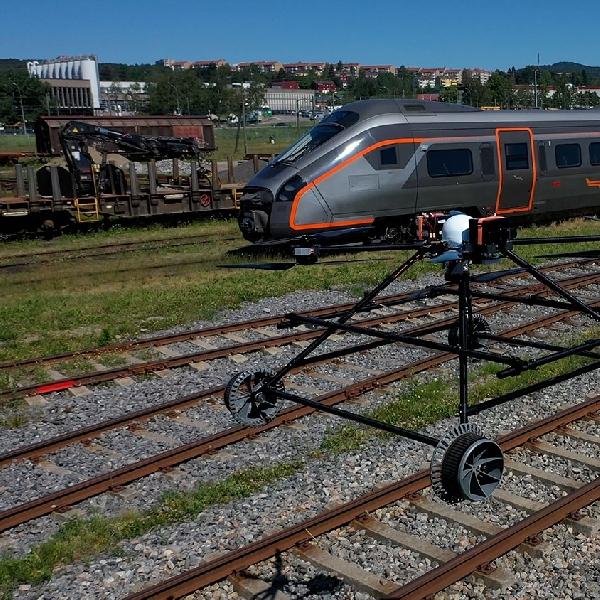 Alternatif Baru Menggunakan Drone BG-300 Untuk Memeriksa Kereta Api