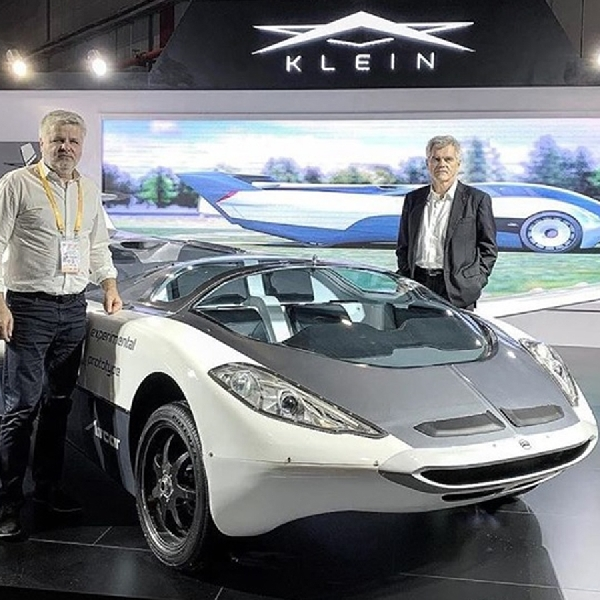 Stefan Kleins AirCar, Mobil Yang Dapat Terbang Selama 35 Menit