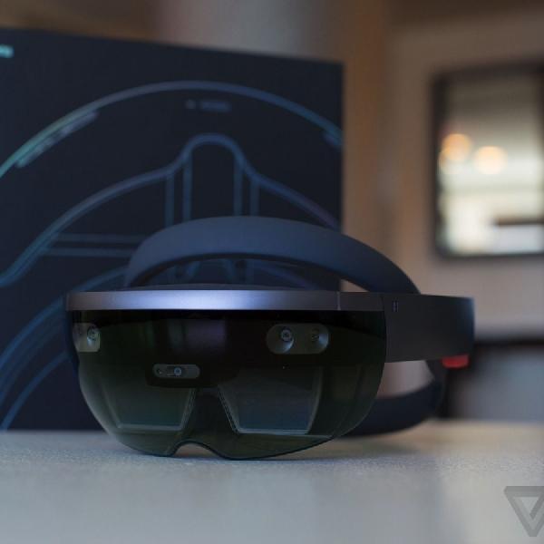 HoloLens Ini Mudahkan Pengguna Pada Sektor Konstruksi Bangunan