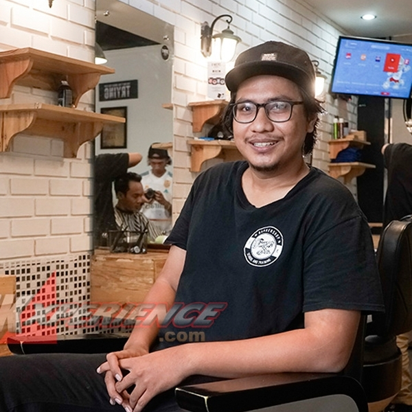 Chandra Subowo, Sosok Dibalik  D'Mens Barbershop
