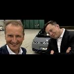 Ikuti Jejak Musk di Twitter, Bos VW Ingin Mobil  Listriknya Laris Seperti Tesla
