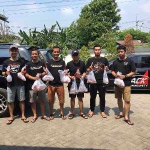 BCC Chapter Surabaya Serahkan 2 Ekor  Hewan Kurban ke Dua Lokasi