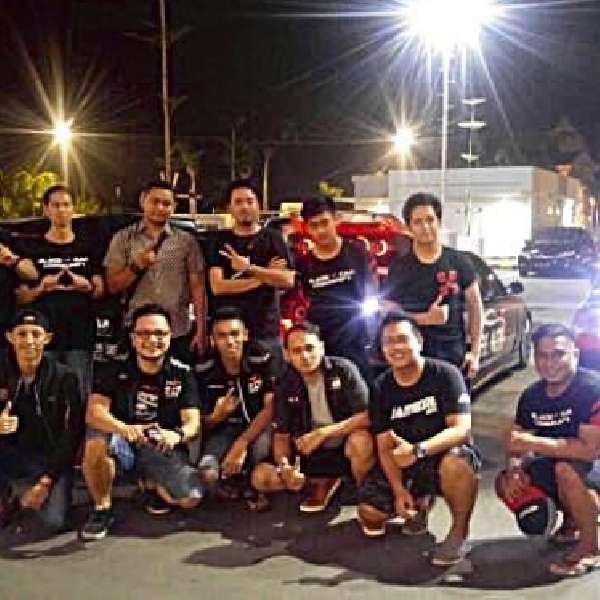 Midnite Sale with Black Car Community