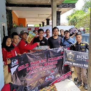 20 Riders Gabungan 9 Komunitas Berikan Santunan ke Warga Sukajaya Bogor