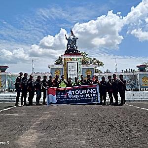 BMC Manado  Touring Merah Putih Kunjungi 3 Makam Pahlawan Nasional