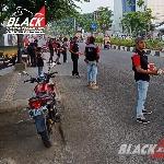 Gathering Ramadhan, Chapter Karawang Berbagi Takjil di Jalan Ahmad Yani