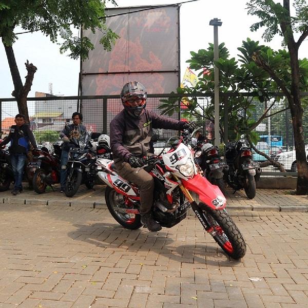 Wahana Honda Gelar Supermoto Street Modification