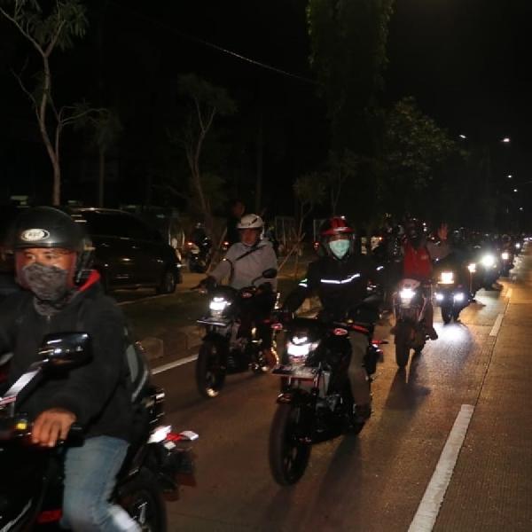 Suzuki Special Day Gaet Ratusan Bikers Suzuki Riding Malam Hari