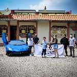 Lamborghini Club Indonesia Serahkan Bantuan 2000 Paket Sembako ke 4 Titik Terdampak Pandemi Corona