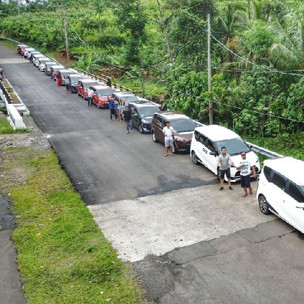 Tutup Akhir 2017 Toyota Community Sienta Touring Sekaligus Beramal