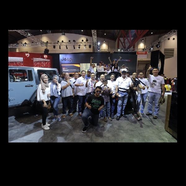 JKOI Sambangi Booth Garansindo di IIMS 2016