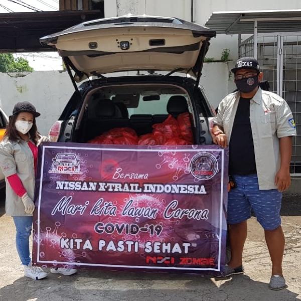 Nissan Xtrail Indonesia Zona Member Bekasi (NXI-ZOMBIE)  Serahkan Masker, Sarung Tangan, Hand Sanitizer dan Paket Sembako ke Masyarakat Bekasi