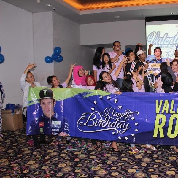 Yamaha Youth Community Berikan Kejutan untuk Valentino Rossi