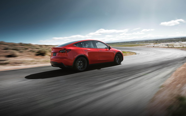 Baru Saja Diterima Tesla Model Y Ini Langsung Di Modifikasi Blackxperience Com