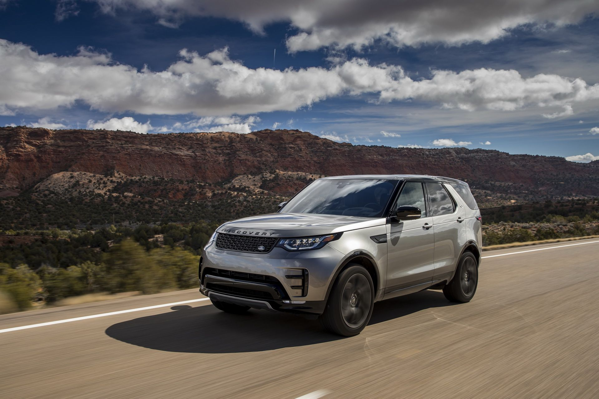 Land Rover Discovery >> Land Rover Discovery Punya Mesin Diesel Baru