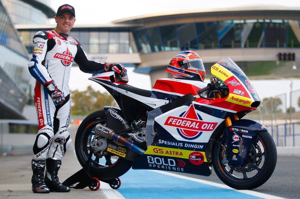 Moto2 Sam Lowes Pembalap Tim Federal Oil Gresini Sapa Pengemarnya Di Indonesia Blackxperience Com