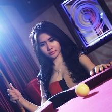 Amara Putri, si cantik yang gemar bermain billiard