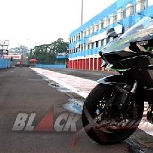 Kawasaki Ninja H2 Kini Hadir di Indonesia