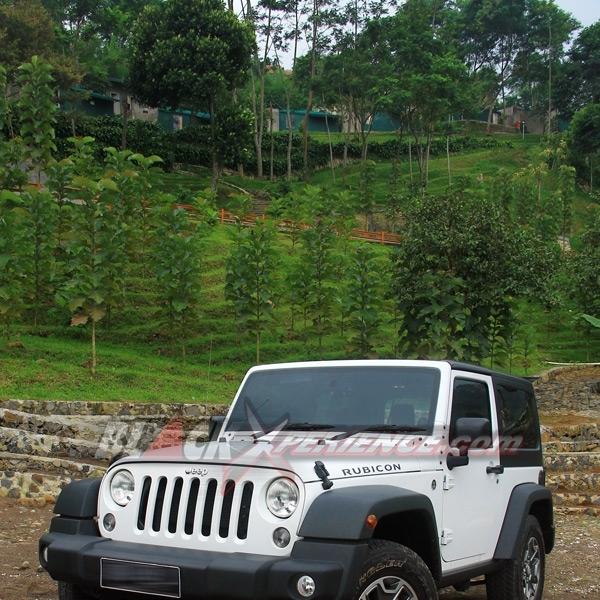Test Drive Jeep Wrangler Rubicon 3.0-liter Diet Proporsional