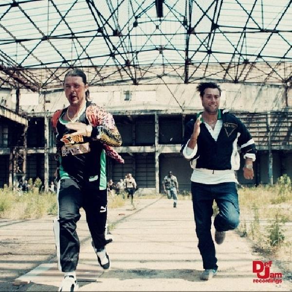 Can't Hold Us Down, Single Reuni Dua Former Swedish House Mafia