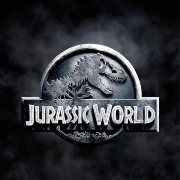Trailer Perdana Jurassic World Suguhkan Dinosaurus Yang Lebih Nyata