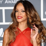 Korn Beri Warna Baru Pada Lagu Rihanna