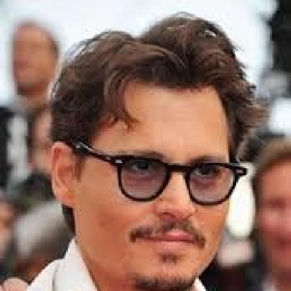 Johnny Depp Tak Tertarik Penghargaan Oscar