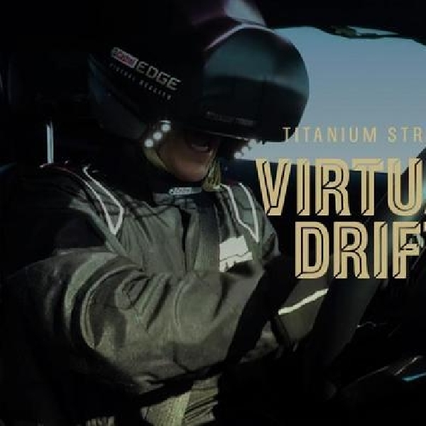 Castrol EDGE Padukan Teknologi Virtual Reality dengan Balapan Real