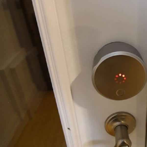 August Smart Lock, Gembok Pintar Dengan Dukungan Apple Watch