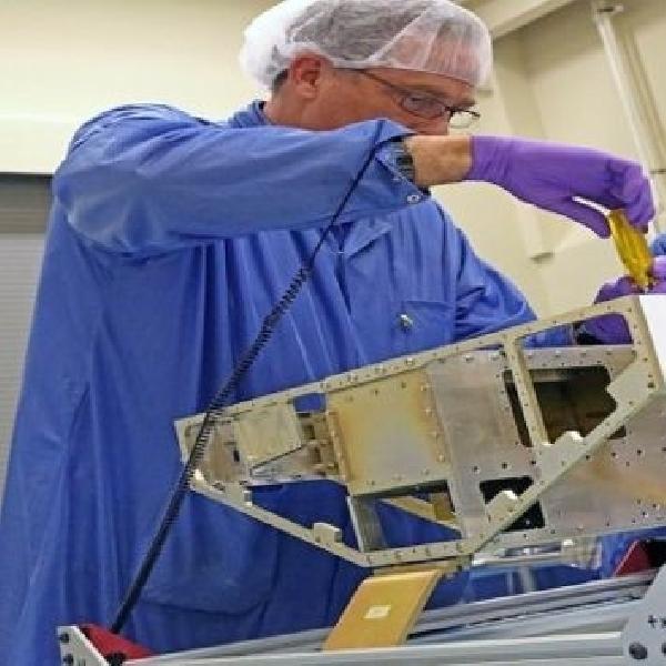NASA Kembangkan Teknologi Prediksi Badai Lewat Satelit Mikro