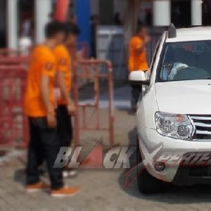 Persiapan modifikasi Renault Duster