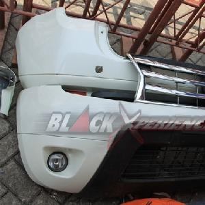 Bumper asli Renault Duster