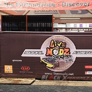 Banner spanduk Live Modz Show Off 2014 Signal Kustom