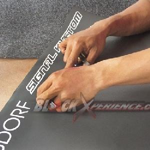 Pengemalan cutting sticker logo