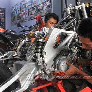 Pemasangan mesin Yamaha V-Ixion
