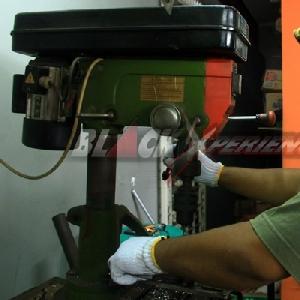 Proses pembuatan bracket rem