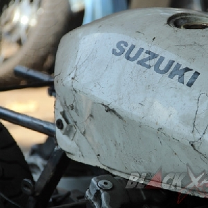 Tangki original Suzuki GSX750 Police