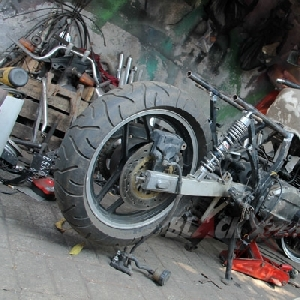 Kondisi Suzuki GSX750 Police sebelum modifikasi