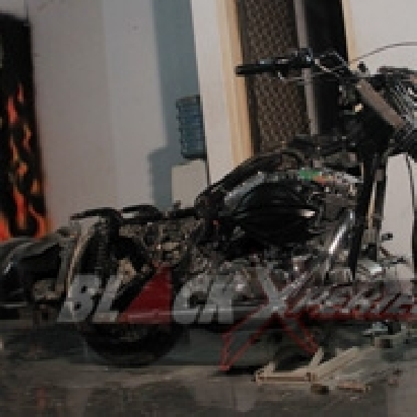 Tampang Harley-Davidson Road King Cafe Bagger Terkuak