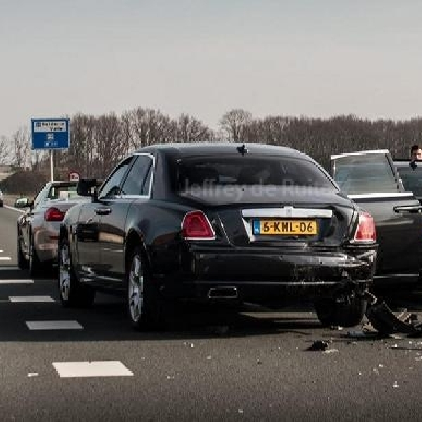 Mau Nonton Need for Speed, Tiga Mobil Mewah Terlibat Kecelakaan