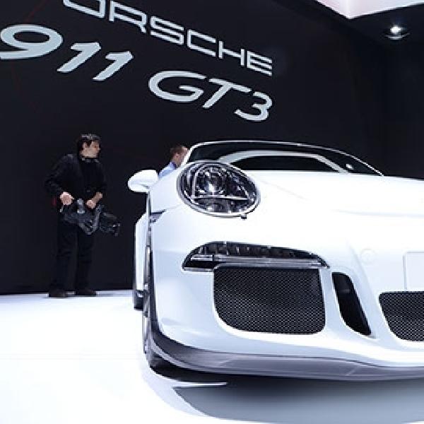 Recall Porsche 911 GT3, Porsche Lakukan Penggantian Mesin Baru