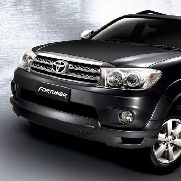 Masalah Airbag Toyota Recall Hilux, Fortuner dan Innova