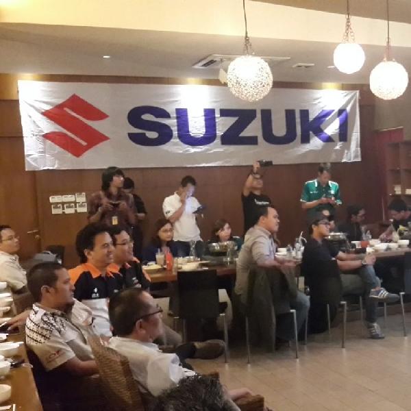PT. SIS jalin Keakraban Lewat Suzuki Club Gathering 2014