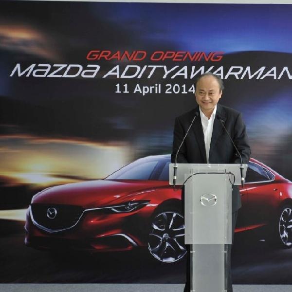Mazda resmikan dealer terbaru di Jawa Timur