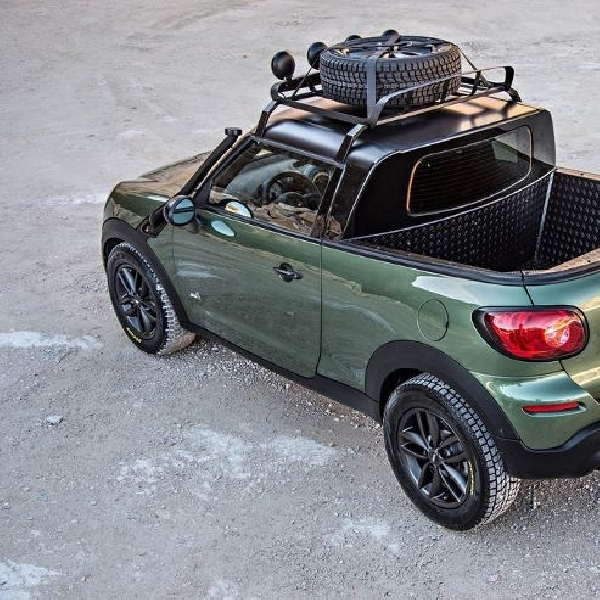 MINI Paceman Adventure tampil dengan disain Pick Up