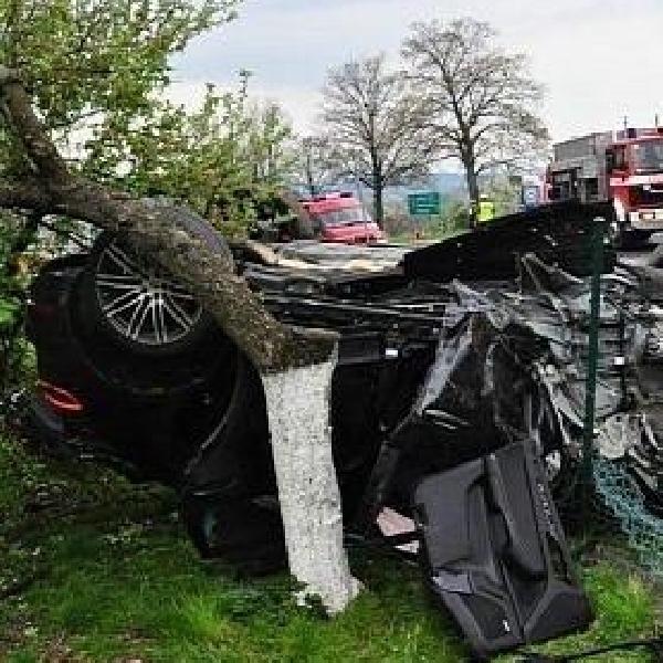 Kecelakaan pertama Porsche Macan di Polandia