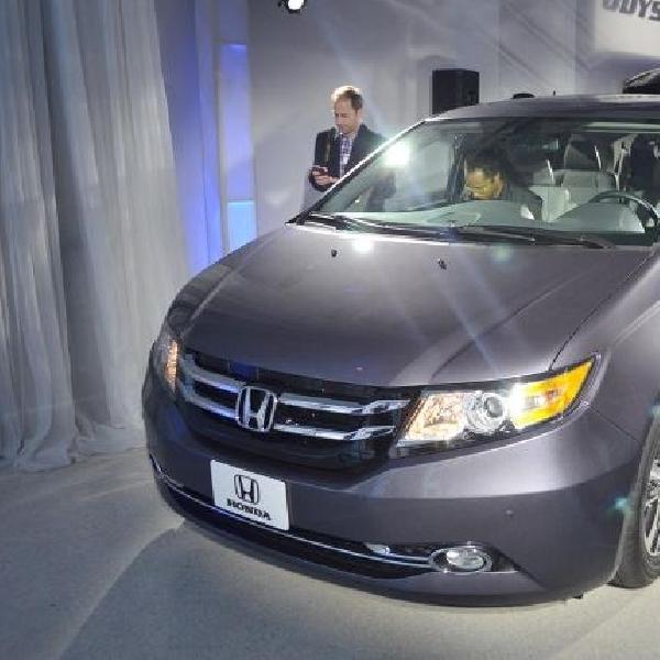 Terkait Airbag, Honda recall Odyssey 2014
