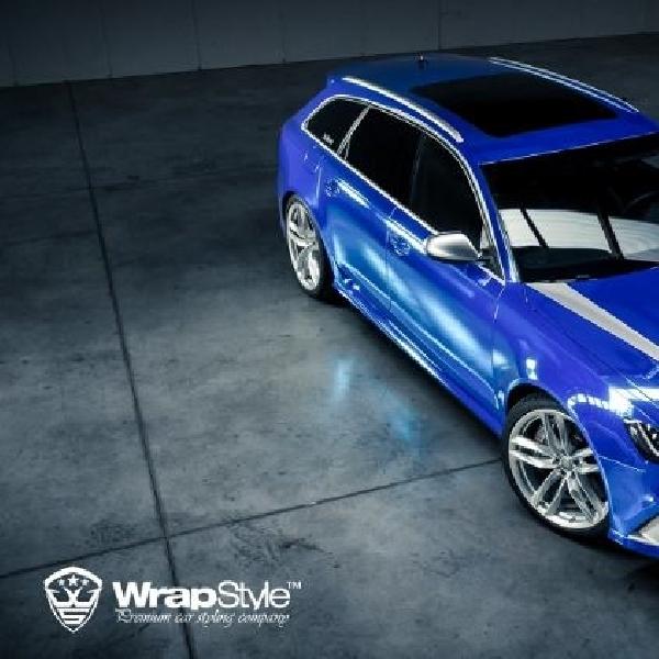 Kelir krom biru untuk wagon sporty Audi