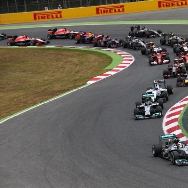 Juara, Hamilton salip Rosberg