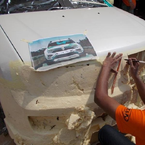 Pertama kali di Indonesia memodifikasi 2 mobil dalam waktu 3X24 jam